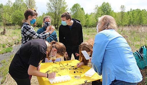 Environmental Science students identify macros