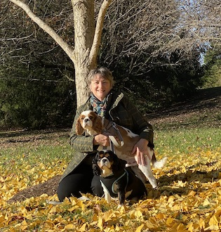 Lynn Lothman with her dogs